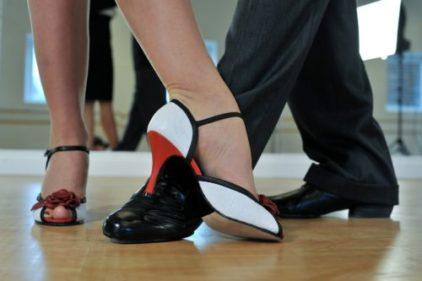Cum sa iti alegi Profesorul si Scoala de Dans