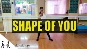 Coregrafia Shape of You cu Adina