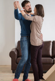 invata dansul mirilor acasa
